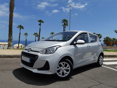 HYUNDAI i10 hire in Tenerife